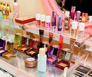 glam, gorgeous, and pink image
