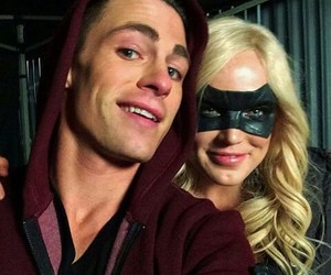 colton haynes, Black Canary, and red arrow image
