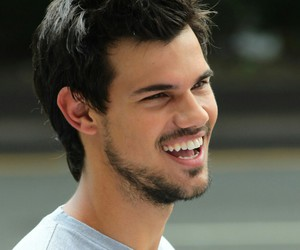 bae, tracers, and Hot image