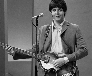 Paul McCartney, black and white, and the beatles image