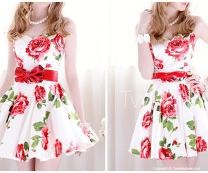 clothes, floral, and red image