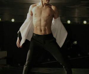 abs, kpop, and muscles image
