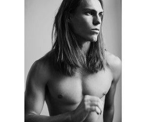 guys with long hair and travis smith image