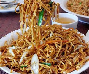 food, noodles, and chinese image