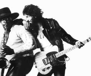 bruce springsteen and born to run image