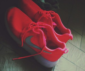 fluo, mine, and nike image