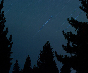 dark, grunge, and shooting star image