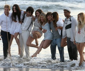 90210, beach, and friends image