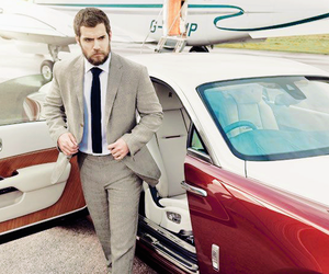 body, handsome, and Henry Cavill image