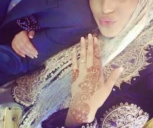 henna and couple image