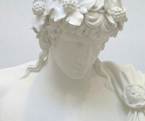 statue and white image
