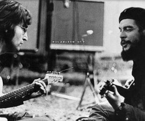 Che Guevara, guitars, and fake image