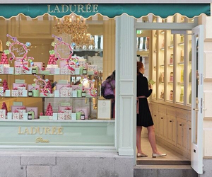 laduree, paris, and macarons image
