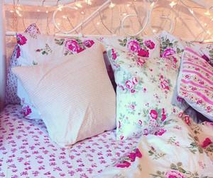 pink, girly, and lights image