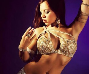 belly dancer and love dance image