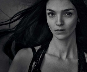 black and white, girl, and peter lindbergh image