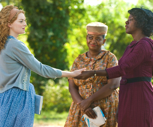 the help, emma stone, and movie image