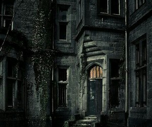 dark, house, and abandoned image