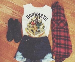 hogwarts, outfit, and harry potter image