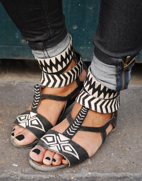 ethnic, i love shoes, and so beautiful image