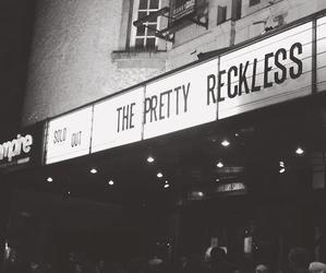 the pretty reckless, black and white, and Taylor Momsen image