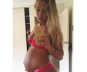 baby, baby bump, and blonde image