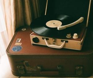 music and venil image