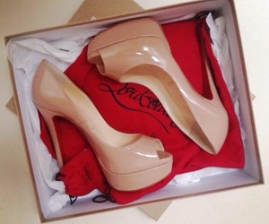 beauty, high, and louboutin image