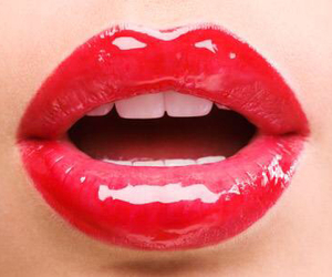 red, lips, and kiss image
