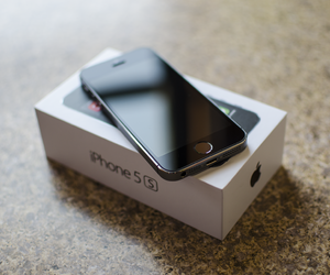 iphone, black, and gadget image