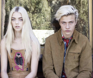 lucky blue smith and pyper america image
