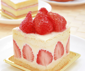 desert, food, and strawberry image