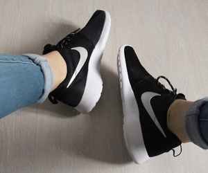 black, chaussures, and nike image