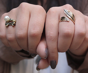 bow, fashion, and rings image