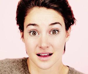 shailene beautiful eyes image