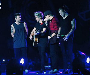 one direction, boy, and louis tomlinson image