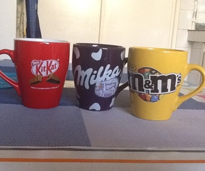 cups, kitkat, and mugs image