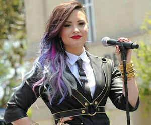 demi lovato, girl, and hair image