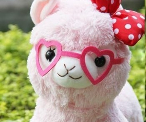kawaii, pink, and alpacasso image