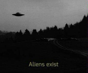 aliens, ship, and aliens exist image