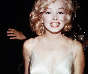 Marilyn Monroe, smile, and pretty image