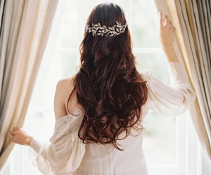 hair, princess, and Queen image