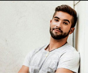 handsome and kendji image