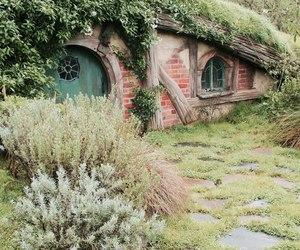 house, middle earth, and nature image