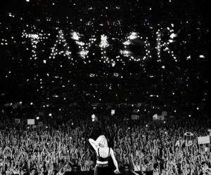 Taylor Swift, concert, and fan image