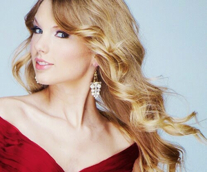 Taylor Swift, curl, and make up image