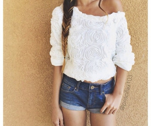 girl, outfit, and hairstyle image