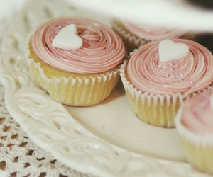 mignon, gourmand, and rose image