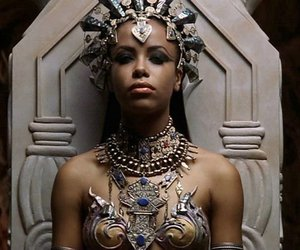 aaliyah, Queen of the Damned, and vampire image