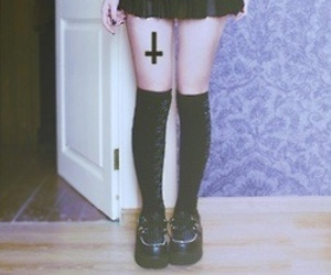 cross, black, and black and white image